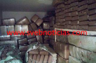 Caen tres sujetos con tres toneladas de mariguana en Coahuila
