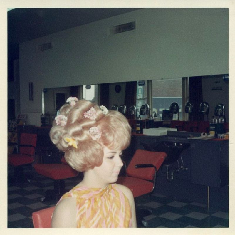 Inside A Women's Hair Salon From The 1960s