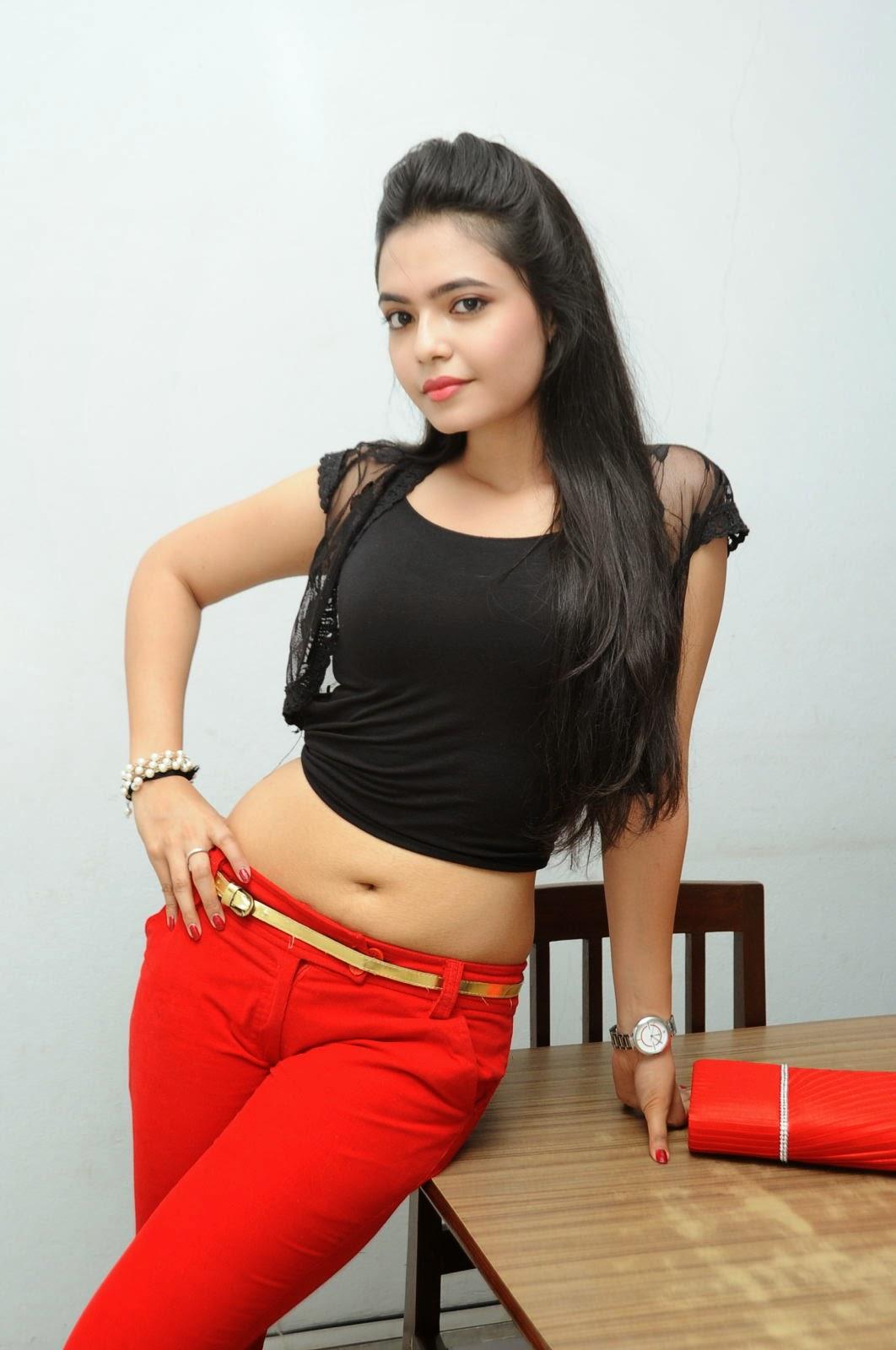 Young Actress Merina Photos at Veerudokkade audio-HQ-Photo-39