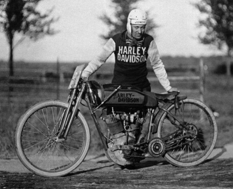 MOTOS en NOIR & BLANC - Page 12 Vintage-harley-davidson-racing-jersey-6