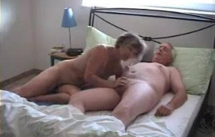stariki-i-starushki-seks-skritaya-kamera-seks-v-obshezhitii-v-meditsinskom-russkom
