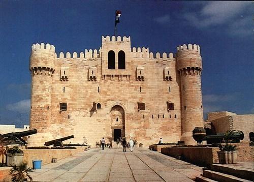 المعالم الأثرية والسياحية بالإسكندرية