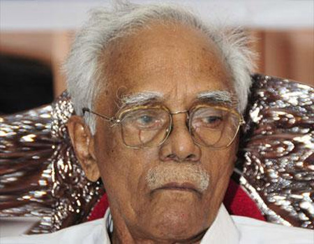 NCP supports Thomas Chandy, says no need to resign, Kochi, News, Meeting, Politics, Court, Congress, KPCC, Phone call, Kerala