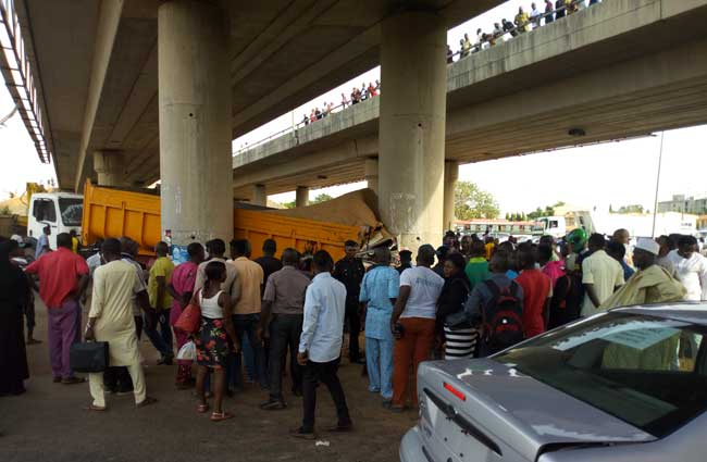 4 Feared Killed In Abuja Truck Accident (Photos)
