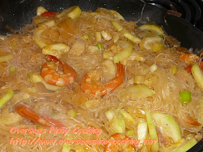 Ginisang Pansit Bihon with Upo - Cooking Procedure