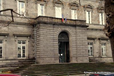 Le palais de justice de Riom