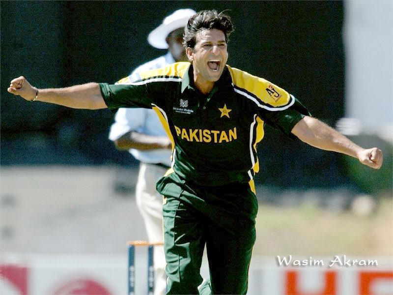 Free Wallpapers Download Desktop Nature Bollywood Sports Mobiles Cars Funny Etc Cricketer Wasim Akram Wallpapers