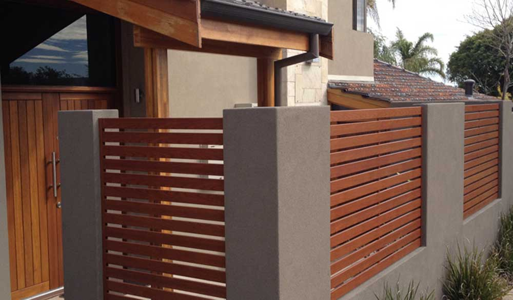 What are the Different Kinds of Slat Fencing?