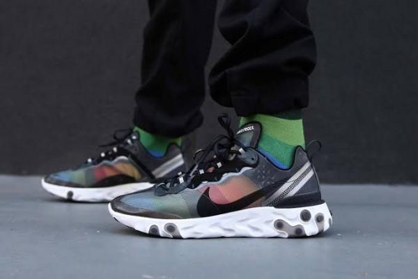 Jadi Favorit Ini Sneakers Paling Trendi Sepanjang 2019