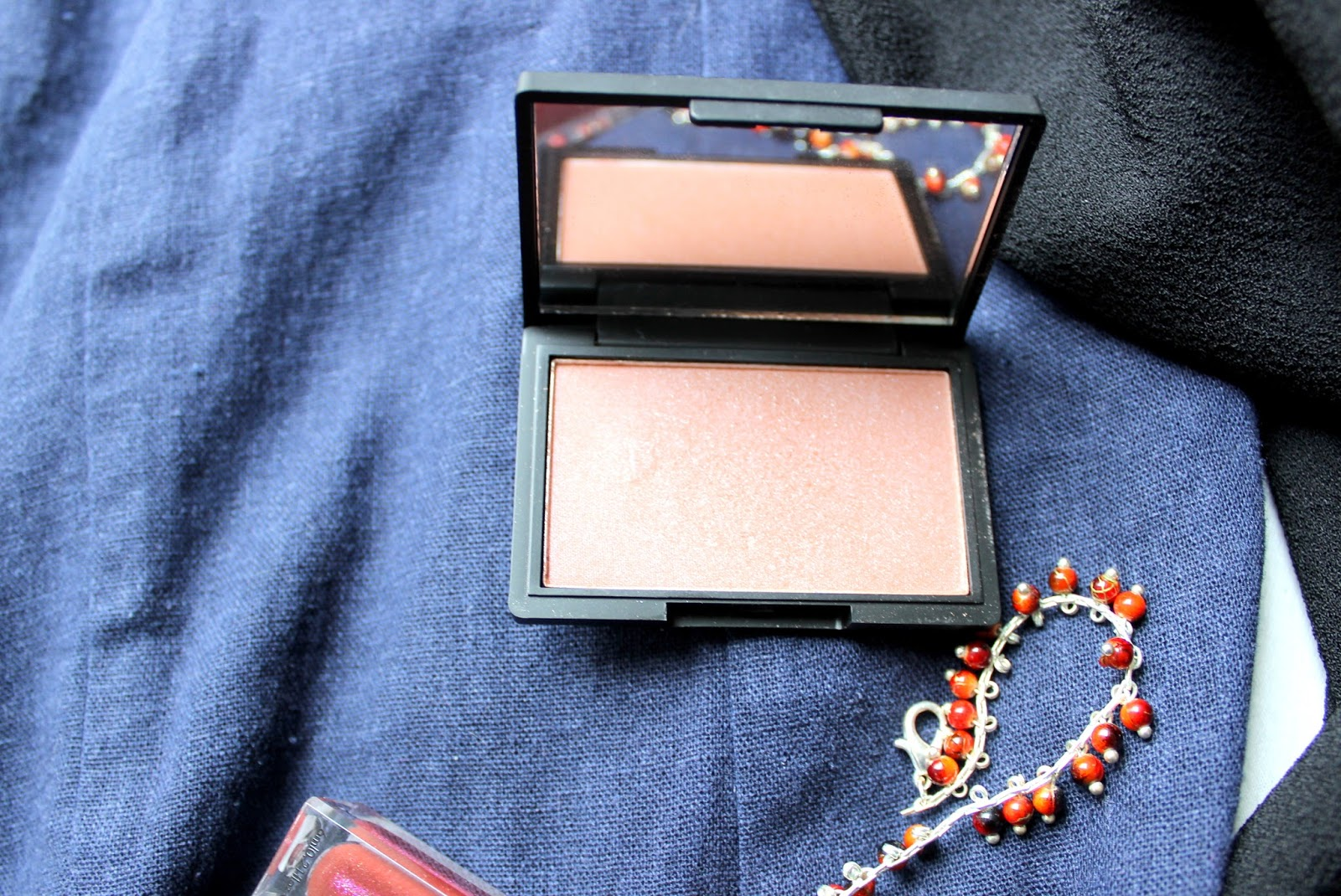Sleek antique Blush 142
