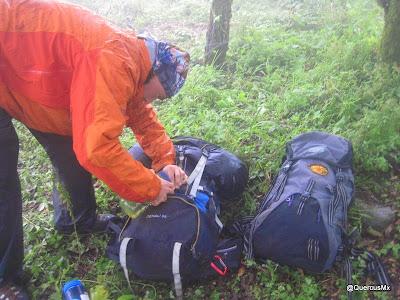 Preparándonos para descender el Cerro García