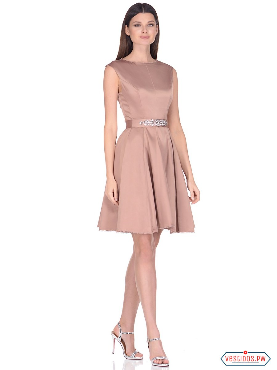Vestidos elegantes para mujer bajita