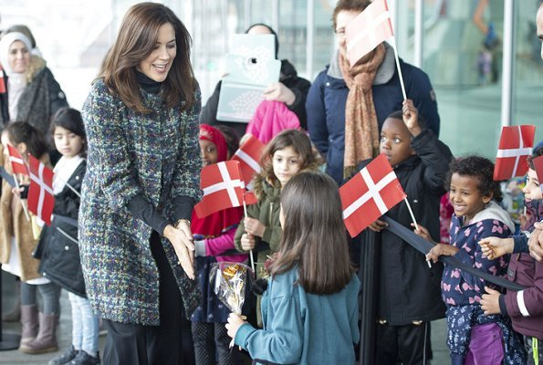 Crown Princess Mary attended the opening of #Childmothers photograph exhibition. Crown Princess wore Chanel Multicolor coat