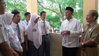 Inilah Aksi Koboy Karawang di Hari Pertama Masuk Sekolah