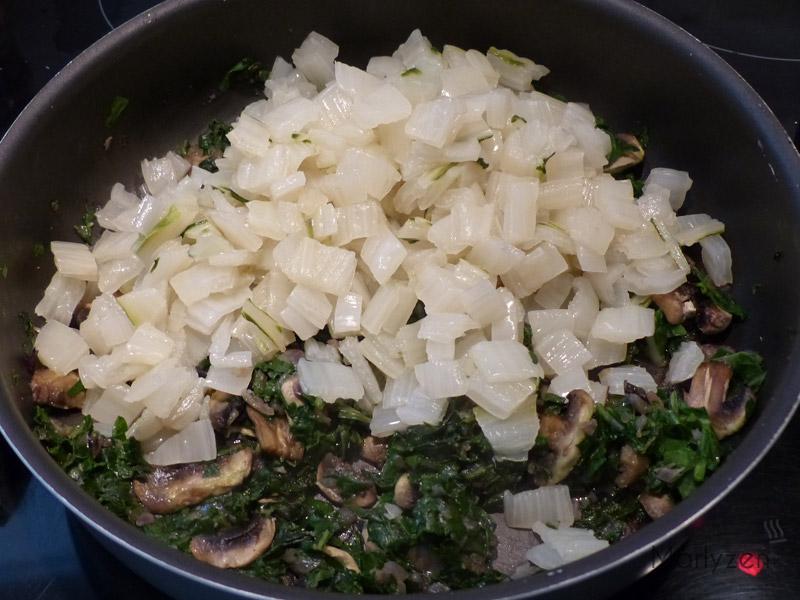Ajoutez les côtes de blettes cuites.