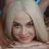 """A gente não acredita que a Katy Perry inventou o canibalismo no clipe de """"Bon Appétit"""""""