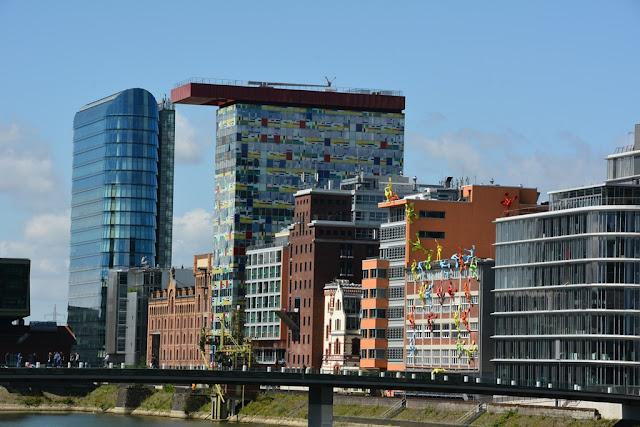 Medienhafen Dusseldorf modern buildings