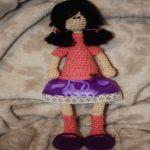 patron gratis muñeca amigurumi
