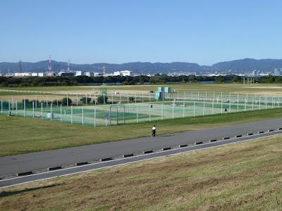 淀川河川公園 木屋元(こやもと)地区 テニスコート