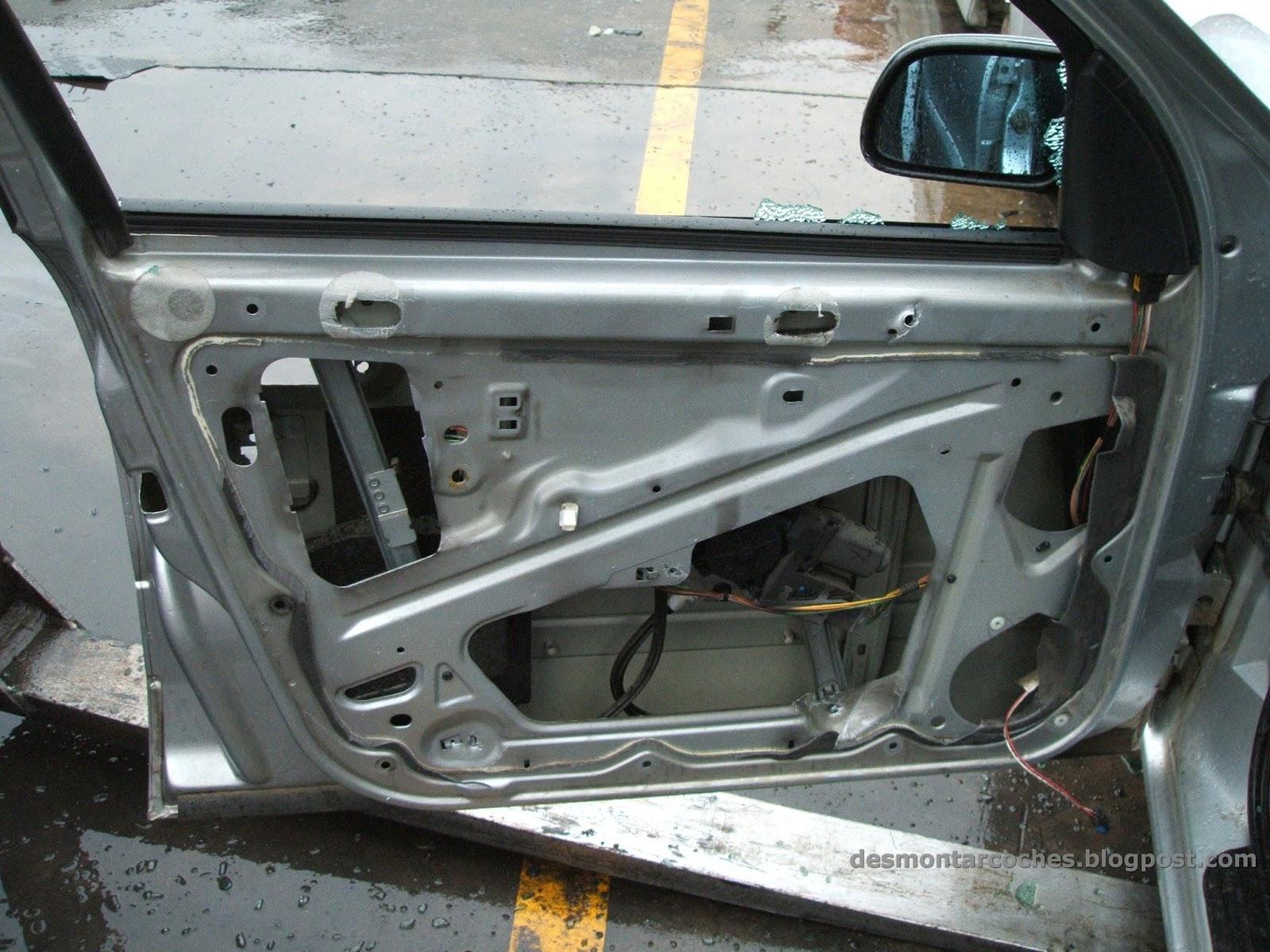 Desmontar coches como desmontar elevalunas for Puerta xsara picasso