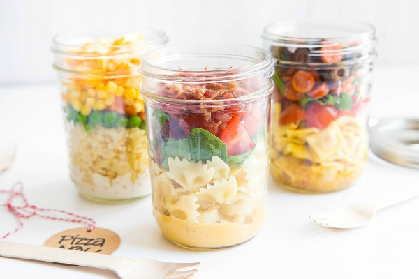 Pre-made back-to-school lunches using mason jars featured on Walking on Sunshine Recipes.