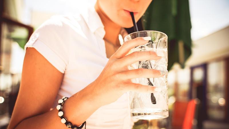 Girl Drink Lemonade HD
