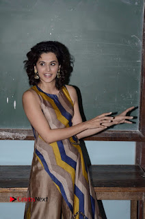 Actress Tapsee Panu Stills at Remonetise India Campaign in Chetna College Bandra West  0018.jpg