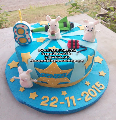 Rabbids Invasion Fondant Birthday Cake