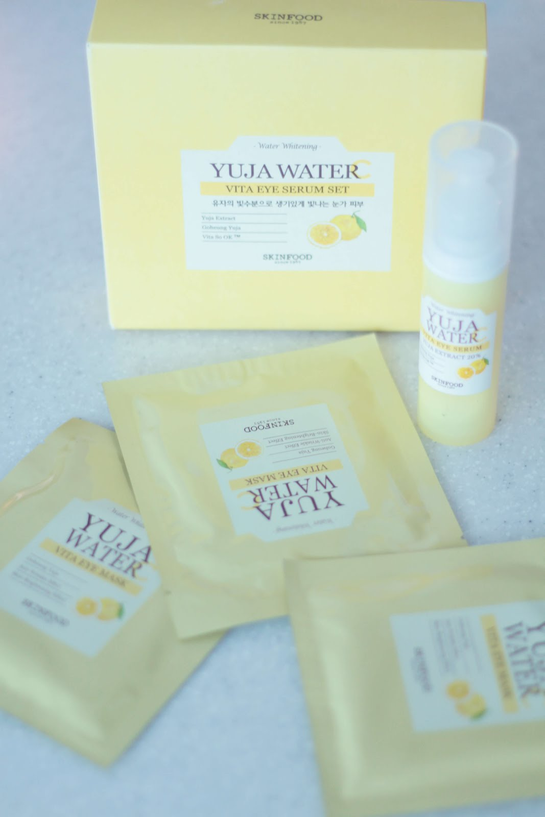 skinfood yuja water vita eye serum set
