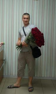 25 Красных роз голландии