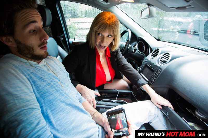 UNCENSORED My Friends Hot Mom – Sara Jay big tits attract her sons best friend Featuring, AV uncensored