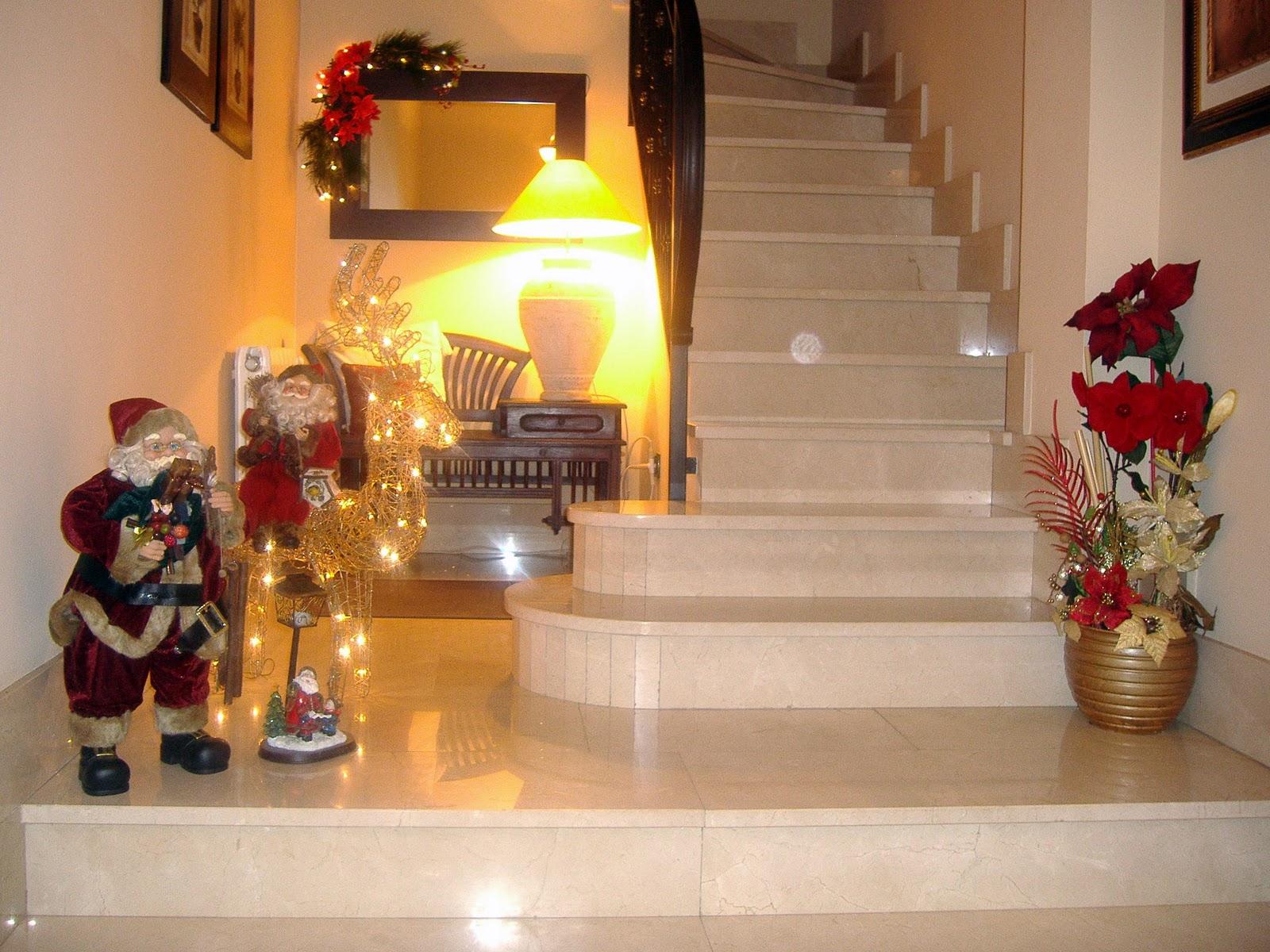 Decorar navidad decorar la casa en navidad for Ideas para adornar puertas en navidad