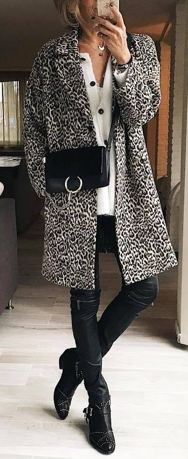 fashion trends / coat + bag + white sweater + skinnies + boots