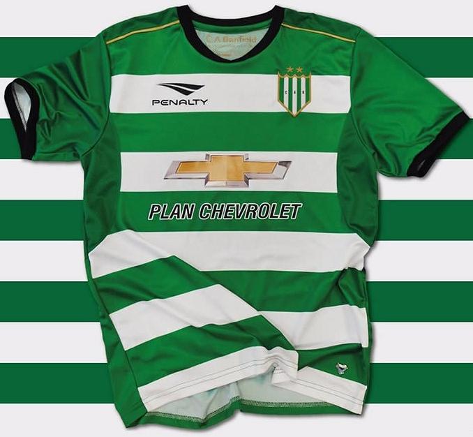 7d73c4118b Penalty divulga a nova camisa reserva do Banfield - Show de Camisas