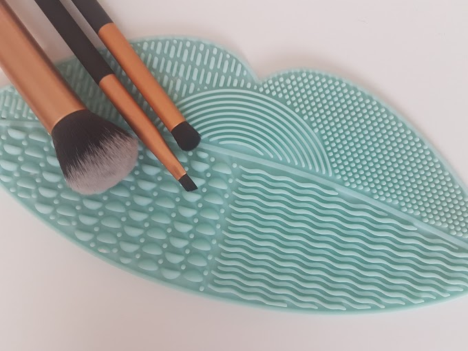Review | Primark Brush Cleaning Mat