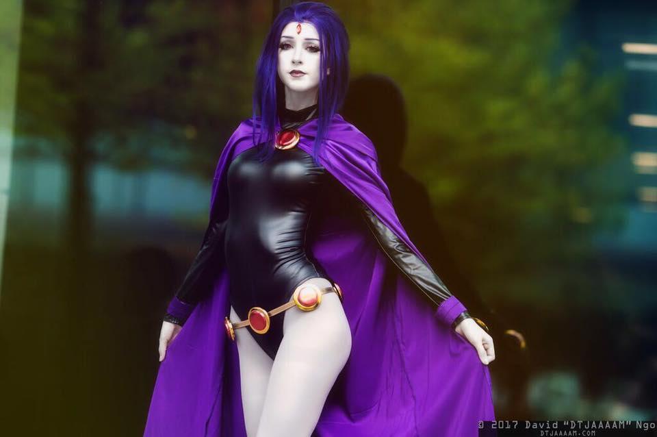 Teen Titans Raven Brooch