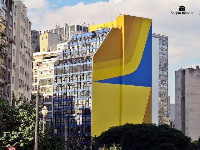 Vista ampla do Painel Ladeira da Memória - Centro - São Paulo