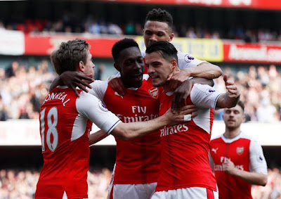 Arsenal 2-0 Man U. (Arsene Wenger wins Mourinho for first time in the league as Gunners move to the cusp of top four)