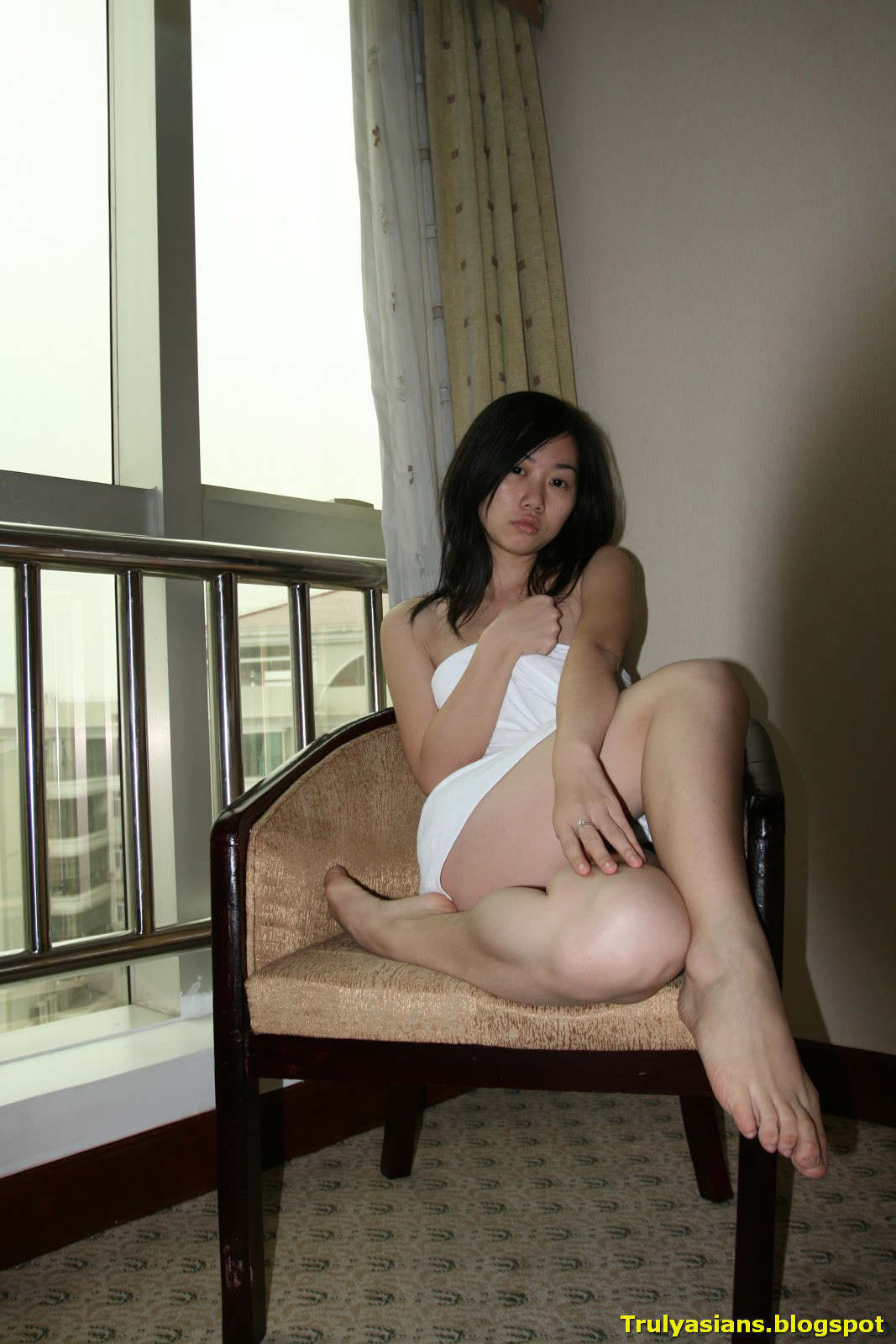 Singapore chinese sweet young thing - 3 2