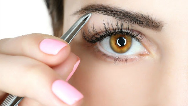 Tips for Painless Plucking of Eyebrows , Grooming Eyebrows , eyebrow hacks , eyebrows tips , Perfect Eyebrows
