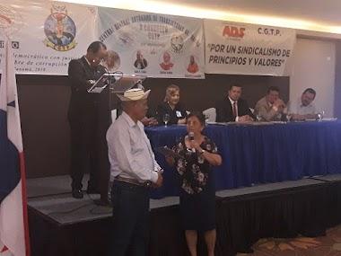 CGTP reconoce el aporte de sus fundadores y dirigentes fallecidos recientemente y les rinde tributo en su décimo Congreso