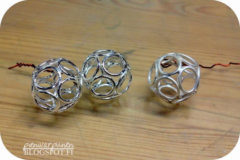 itse-tehdyt-hopeakorut