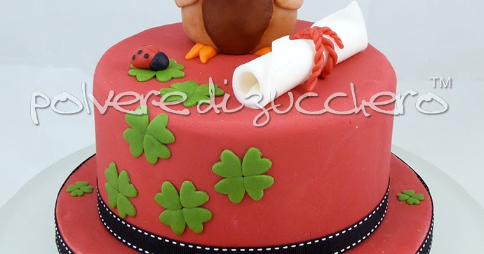 Torta gufo con tocco per una laurea in pasta di zucchero for Laurea design milano