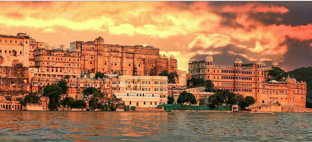 Tourist Attractions in Udaipur, Udaipur, City of Lakes, Lakecity, Udaipur City of Lakes, Heritage of India, Indian Heritage, Udaipur Tourist Attractions, Tourist Attractions in Udaipur, Heritage India