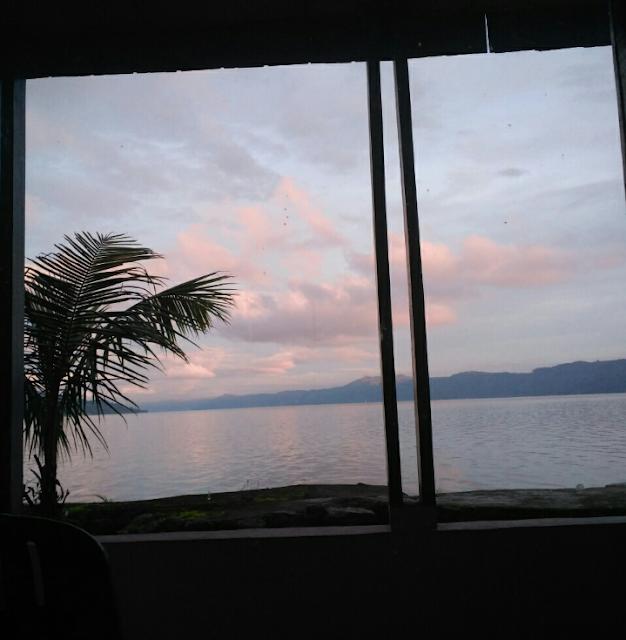 pagi di samosir