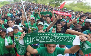 Suporter Persebaya Surabaya atau Bonek