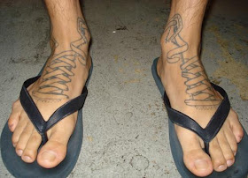 Wallpaper Alien Designs Tattoo On The Side Of The Foot