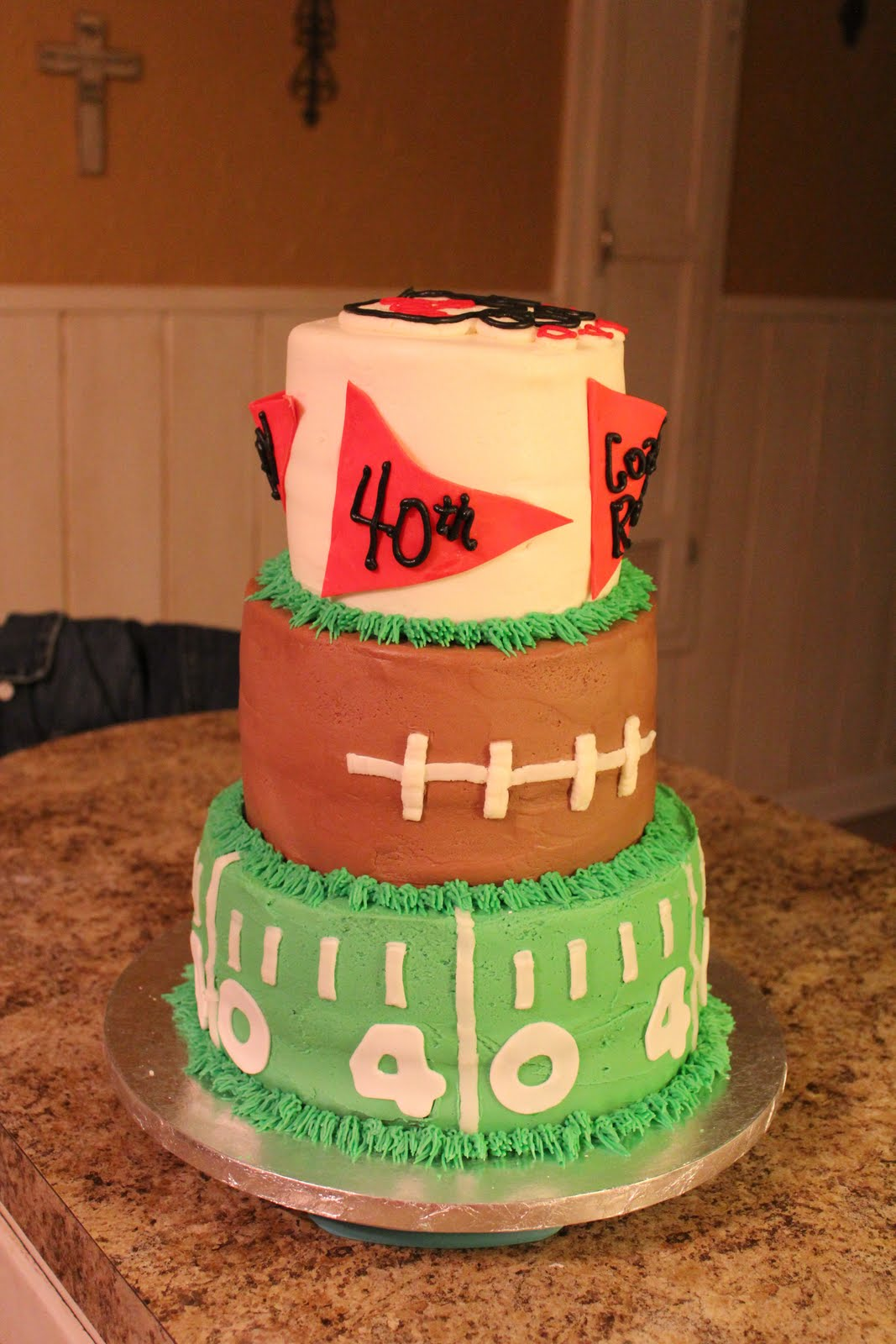 Hes Past The 40 Yard Line My Husbands 40th Birthday Cake