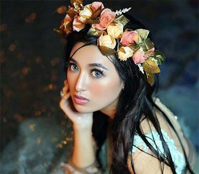 Sylvia Fully Anggun
