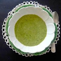 Sopa de bróculos e espinafres